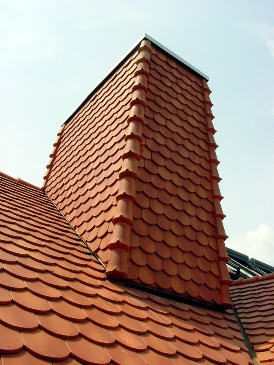 Kamineinfassung, Bildquelle: Dachdeckerhandwerk Schleswig-Holstein