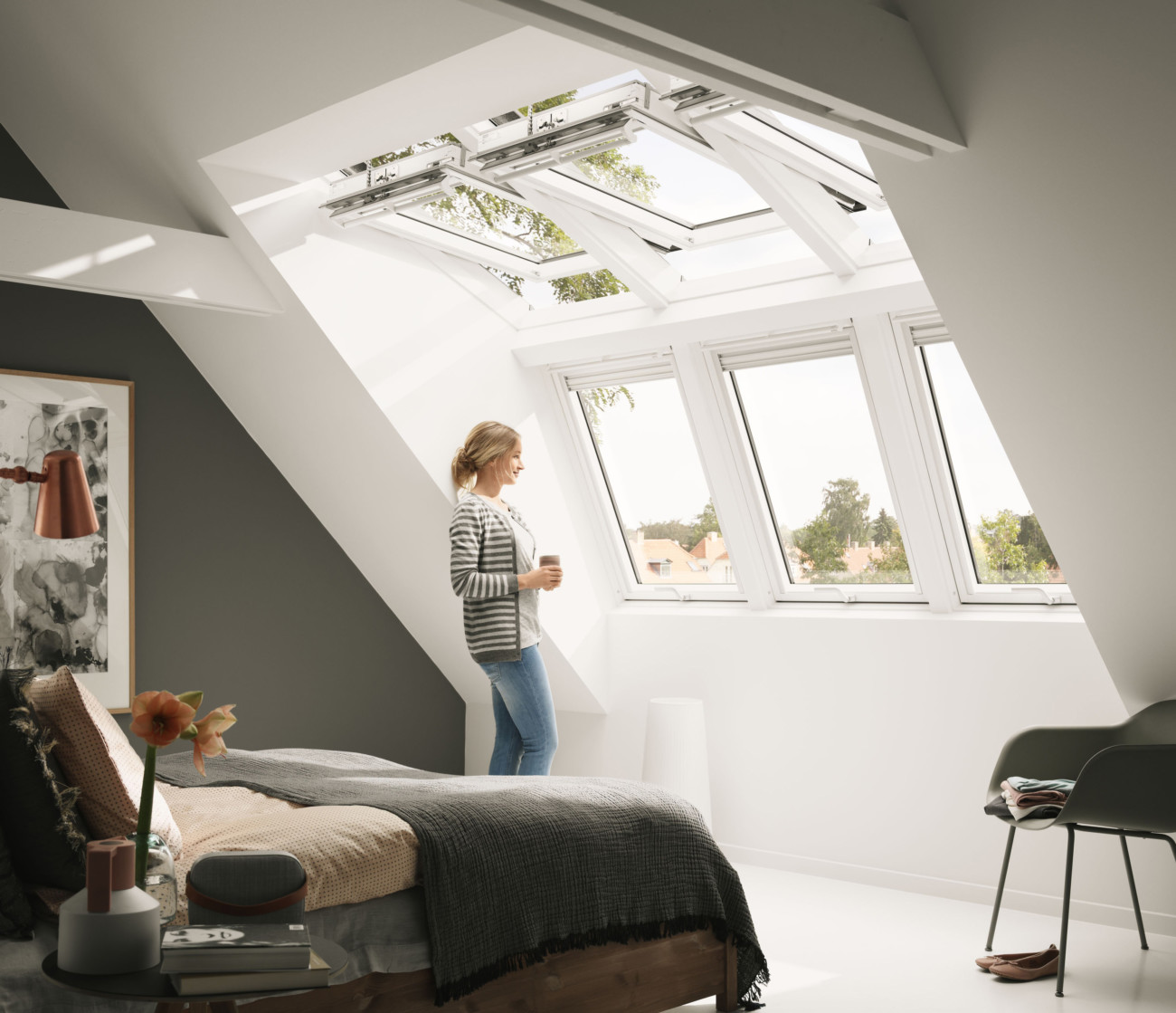 velux dachfenster kombination panorama f r mehr licht und stehh he. Black Bedroom Furniture Sets. Home Design Ideas