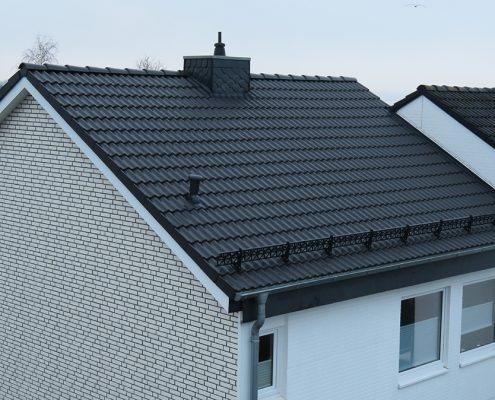 Dacheindeckung mit Harzer Pfanne - Dachdecker Olaf Malü, Schönkirchen bei Kiel